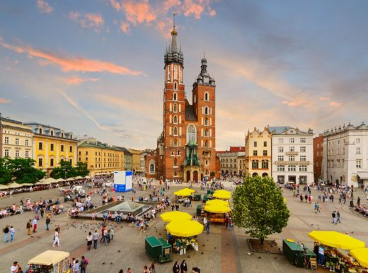 http://thegypsywiththerednotebook.com/travel/5-days-in-poland-the-land-of-dragons/